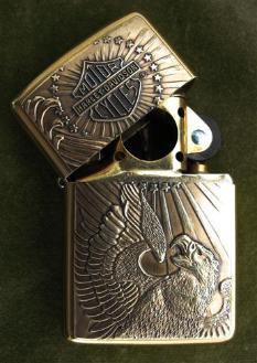 Harley-Davidson-EaglePatriotic-Zippo2_Small_-233x329